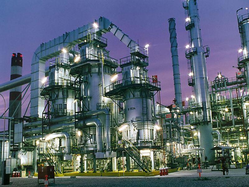 Oil_refinery-22